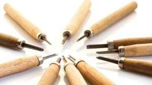 Essential Basic Wood Carving Tools For Beginners and Experts!